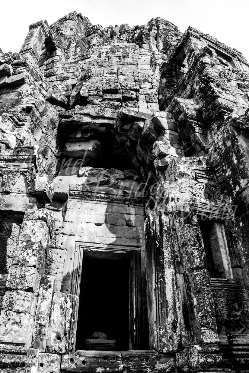 Door in Angkor, Siem Reap