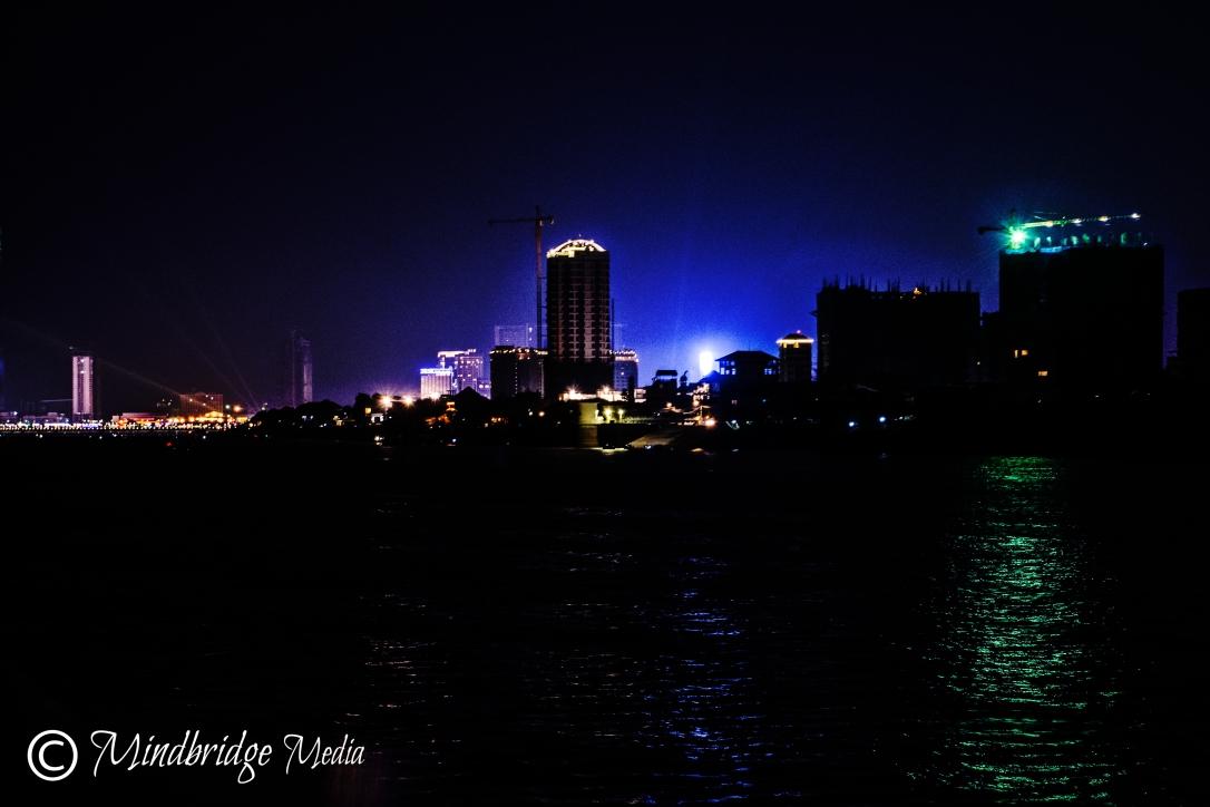 skyline phnom penh river